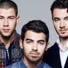 Burnin' Up and Breakin' Up: the Jonas Brothers Split