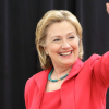 Clinton Takes Political Campaign to Social Media